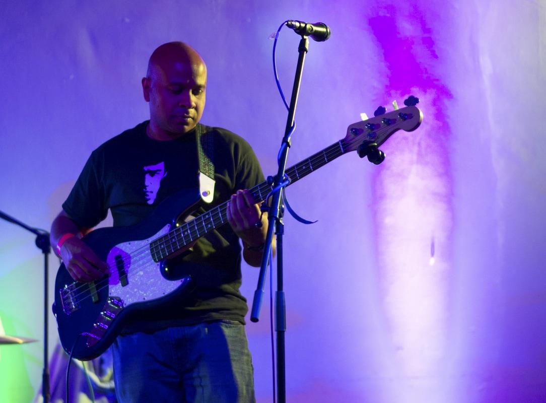 Two Bob Short Photos -  Imran - Bass